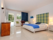 Gerakas Belvedere Luxury Suites
