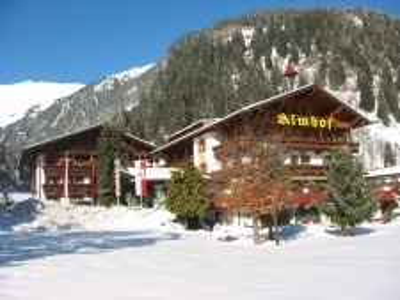 Almhof hotel Neustift Stubai