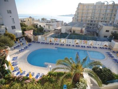 Club Salina Wharf Aparthotel