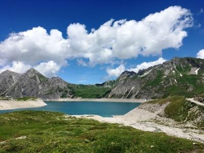 Alpy čtyř zemí - malebné horské scénérie