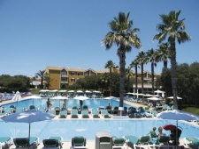 Vacances Menorca Aparthotel Resort
