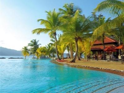 Beachcomber Sainte Anne Resort & Spa