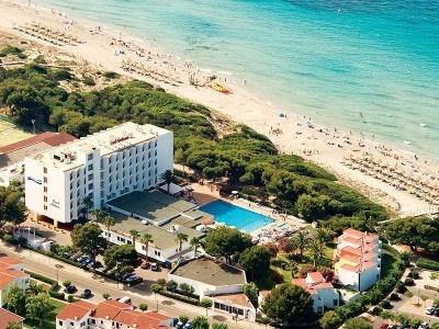Globales Lord Nelson Playa de Santo Tomas