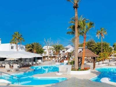 Sentido H10 White Suites Playa Blanca